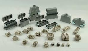 Tomadas e conectores industriais